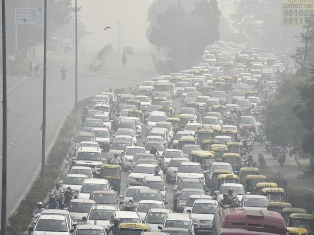 Should the Delhi half marathon be cancelled?