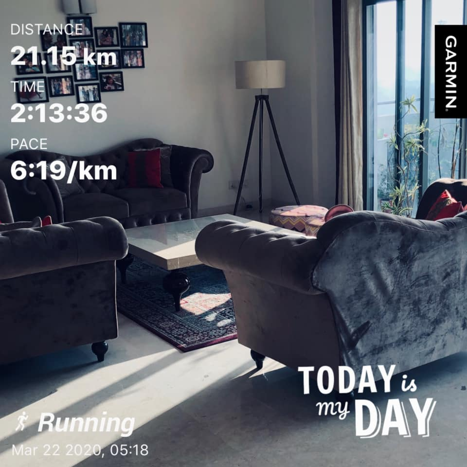What did you see on your run today? #396 stars…er…a living room!